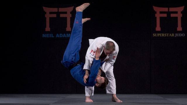 Giunashvili's grip switch into O goshi | Neil Adams