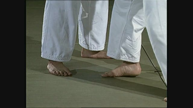 Toshihiko Koga - Seoi nage - feet, po...
