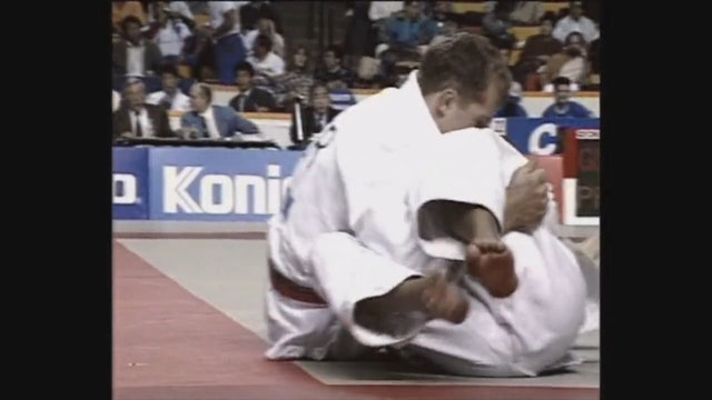 Neil Adams - Juji gatame - Switching to English hold