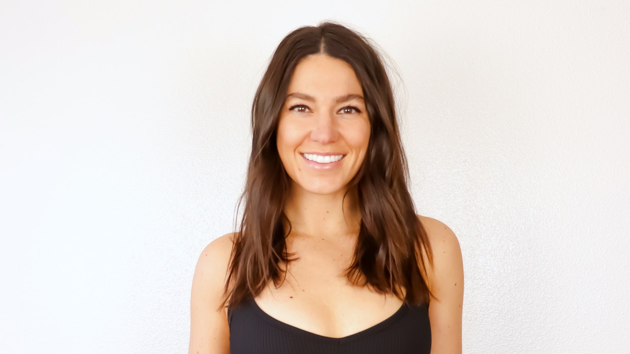 FLOW & GLOW: A YOGA SERIES BY MISSY FRESQUES