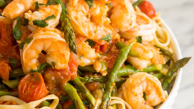 Shrimp Asparagus Pesto Pasta