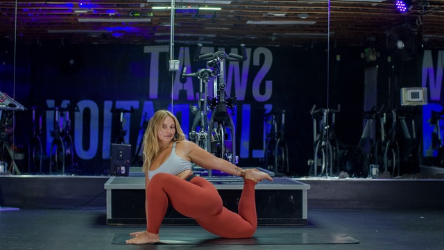 30 Mins Hip Opening Yoga with Hannah R. | August 15, 2021