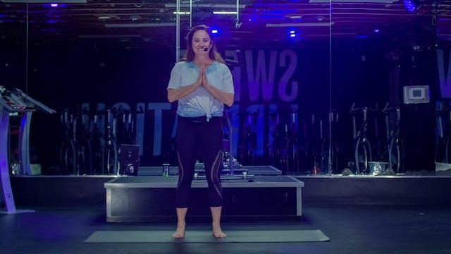 25 Mins Yoga Flow with Mackenzie | Au...