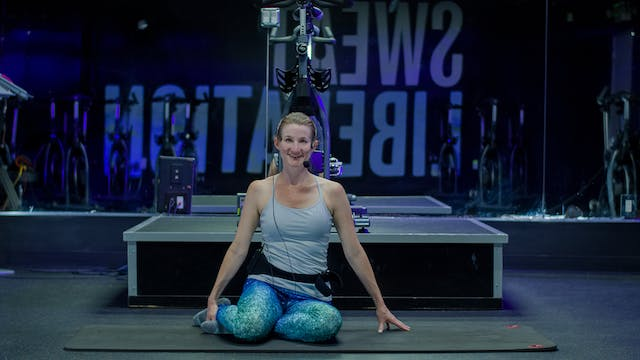 30 Mins Pilates for Posture with Juli...