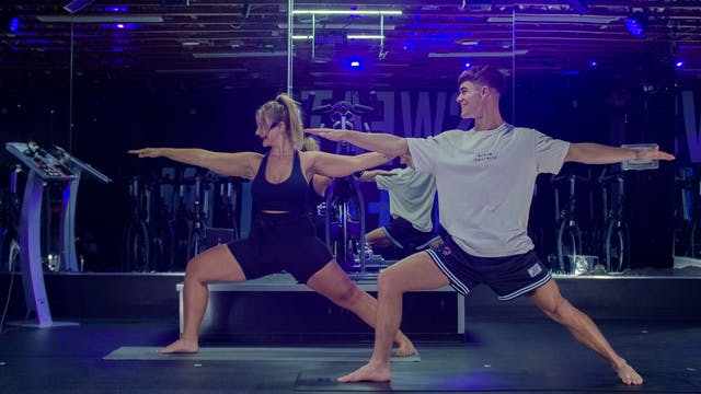 30 Mins Beginner Yoga with Hannah R. ...
