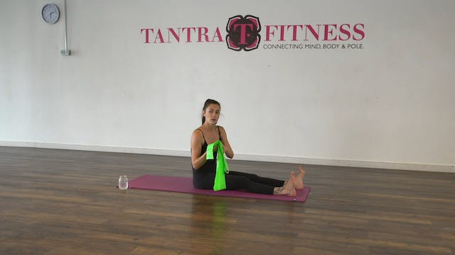 Stretch and Rehab Core Focus with Leiah