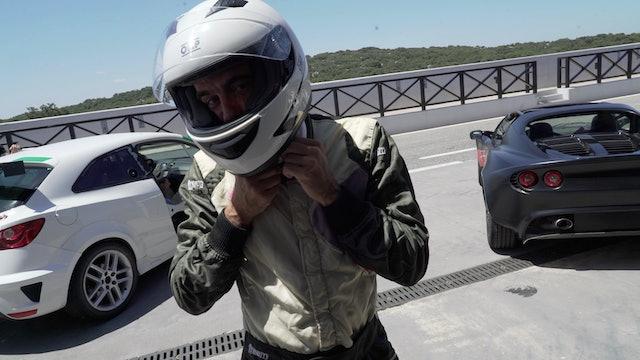 Episodio 2: Enrique Ponce se lanza al circuito de velocidad
