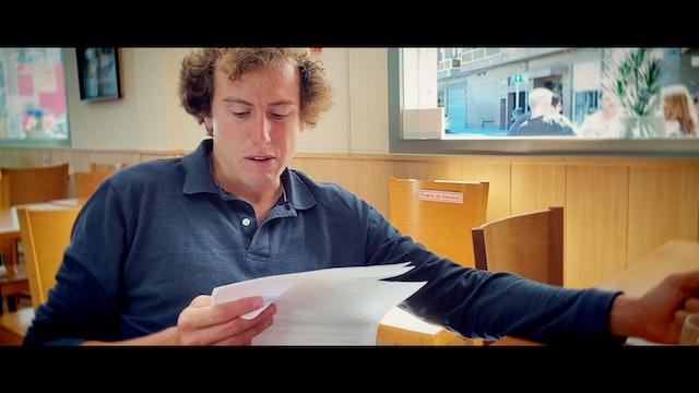 Episodio 2: Román prepara su discurso del paseo taurino de Valencia