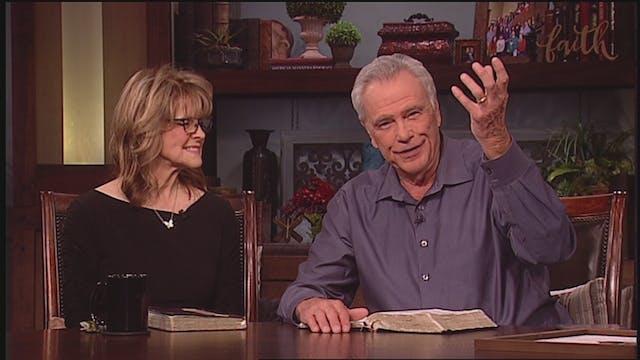 James & Betty Robison - Putting God F...