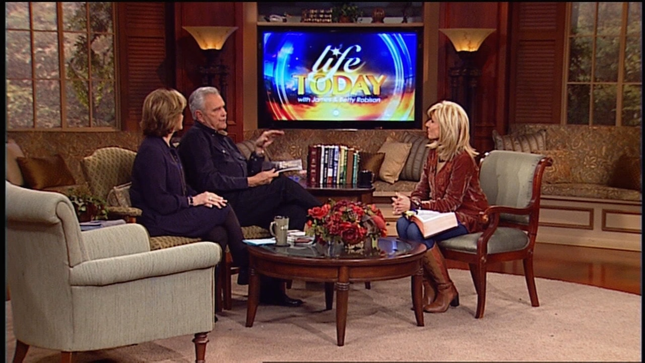 Watch Guest Beth Moore | Intimacy with God