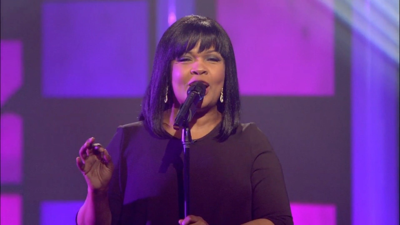Watch Praise | CeCe Winans & Lisa Bevere | 6/26/18