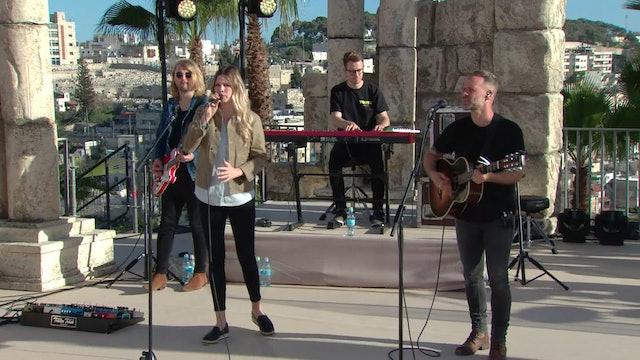 Praise | Joel & Victoria Osteen and Bethel Music | 11/20/18