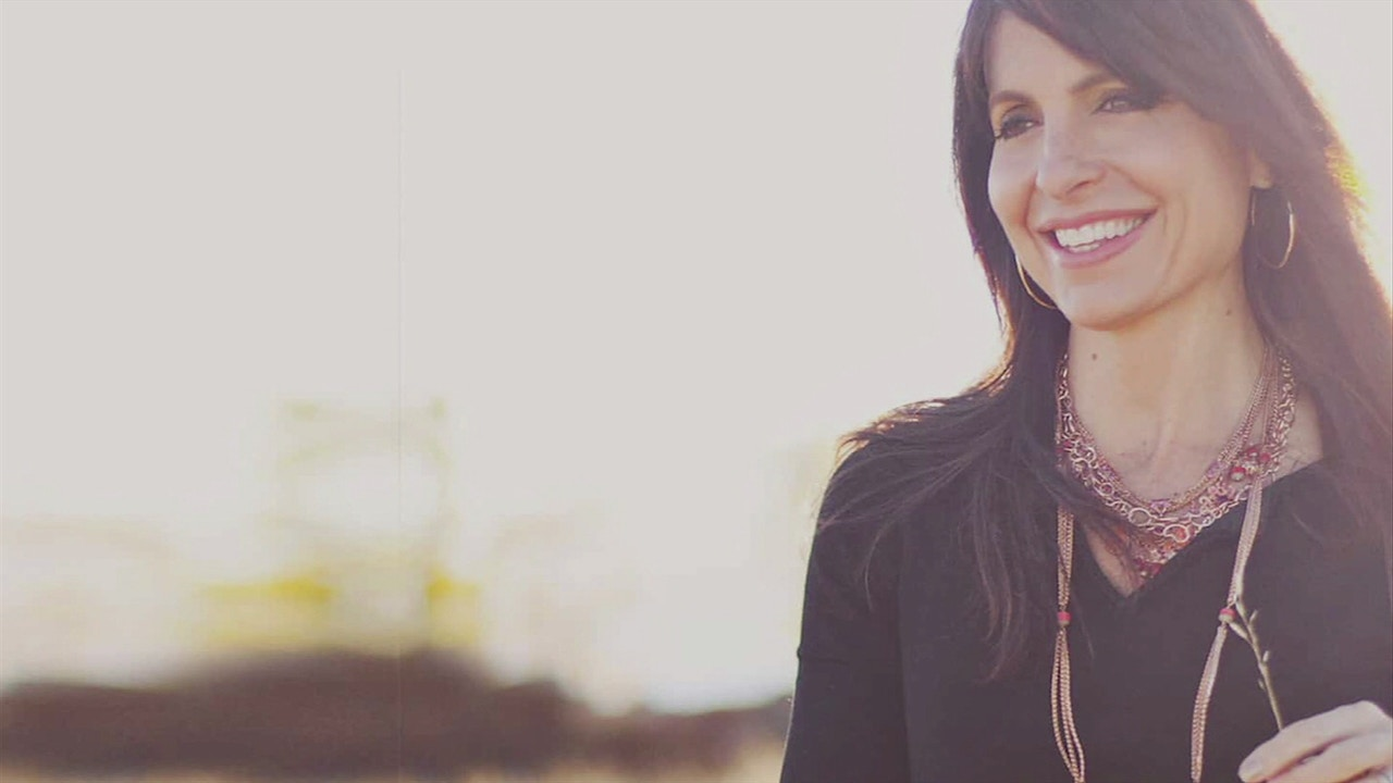 Watch The Difference: Lisa Bevere | The Purpose and Impact of Mentorship