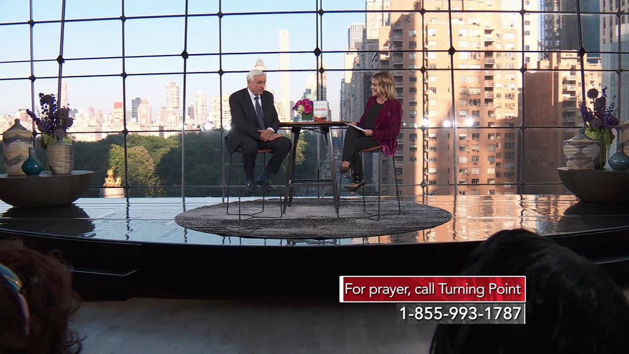 Watch Overcomer Interview with Dr. David Jeremiah