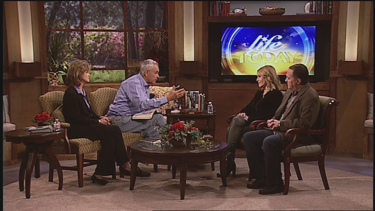 Watch Randy Robison and Sheila Walsh | Hope For Today