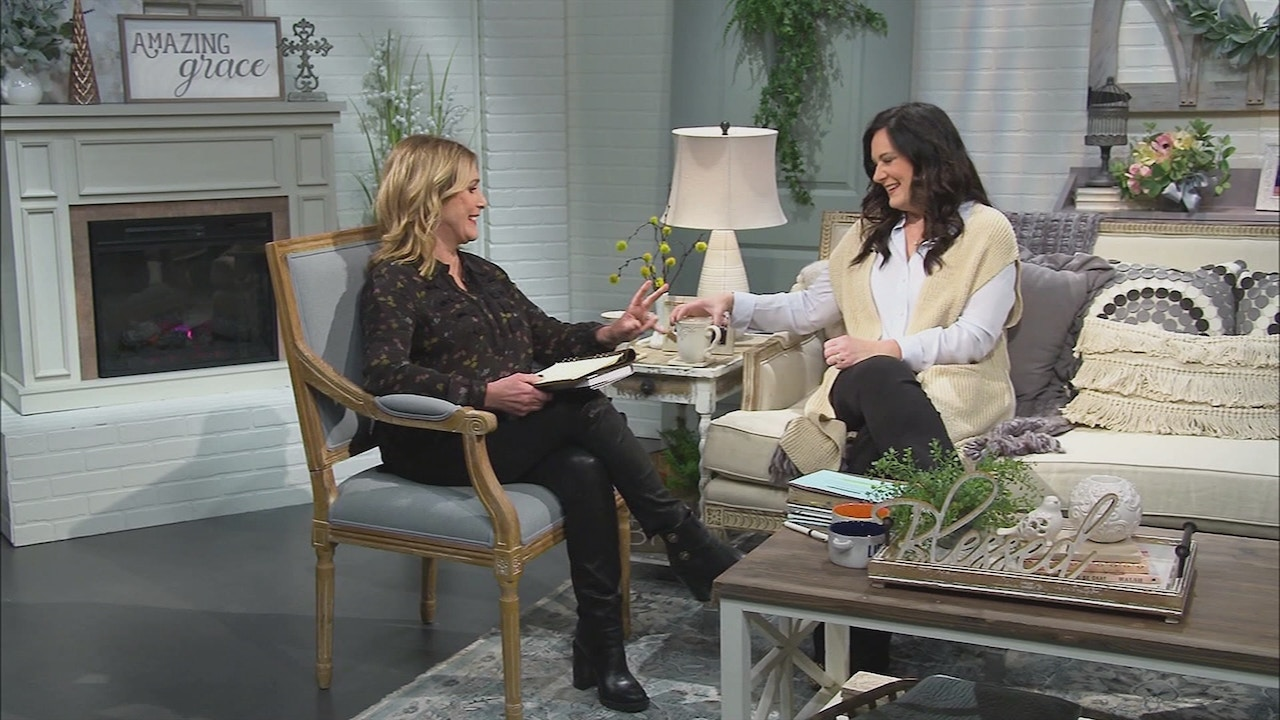 Watch Lysa TerKeurst | Forgiving What You Can't Forget