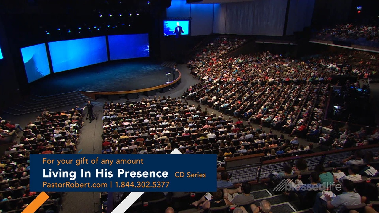 Watch Living in His Presence: His Presence