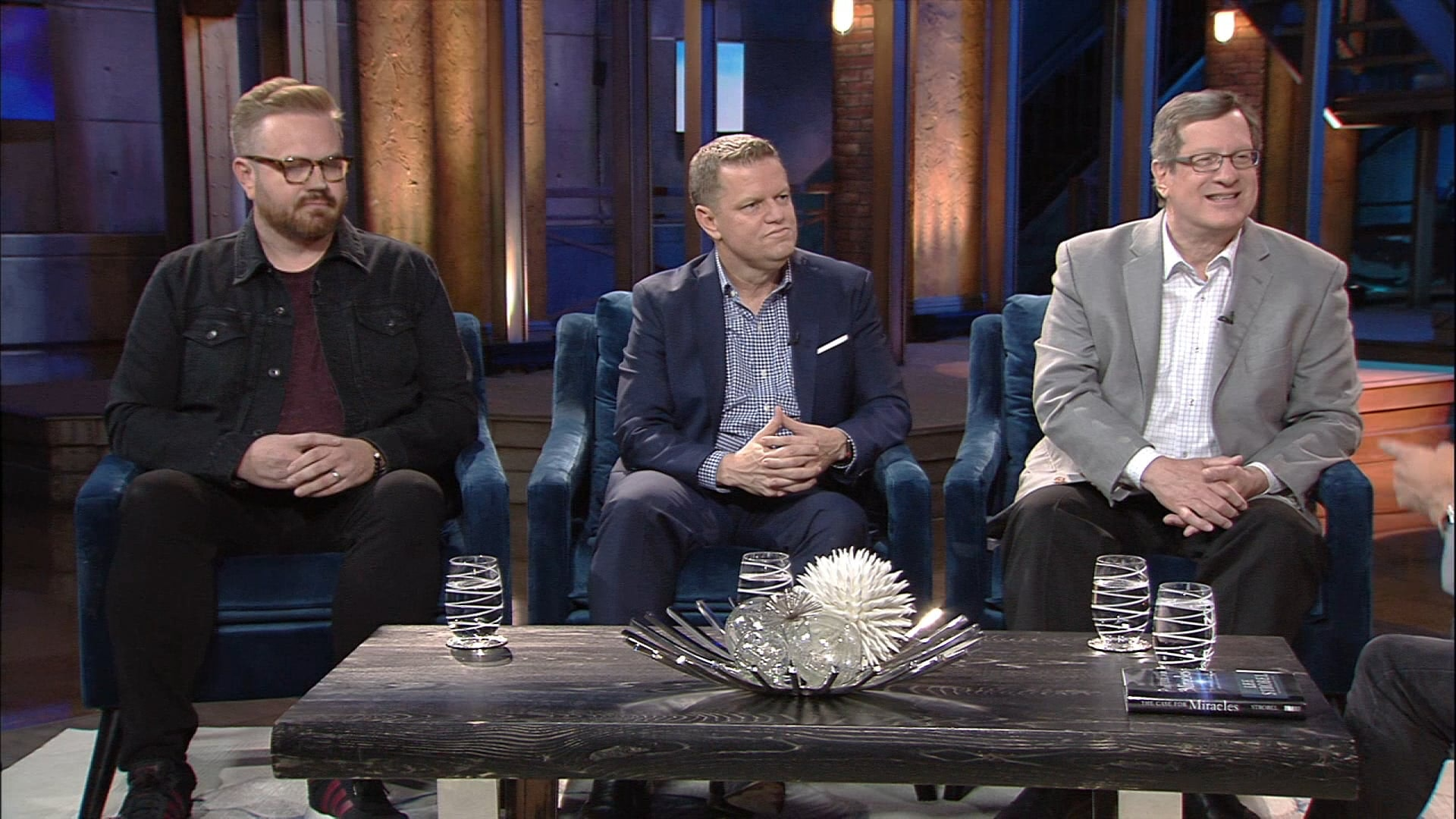 Watch Praise | Lee Strobel, Craig Johnson & Justin Frailey | 10/25/18