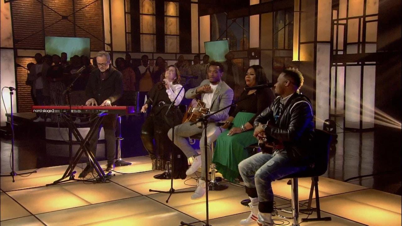 Watch Praise | David & Nicole Binion host Diversity in Worship | 2/11/19