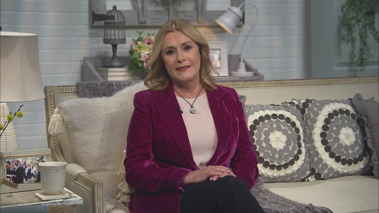 Watch Sheila Walsh | God Is In Control
