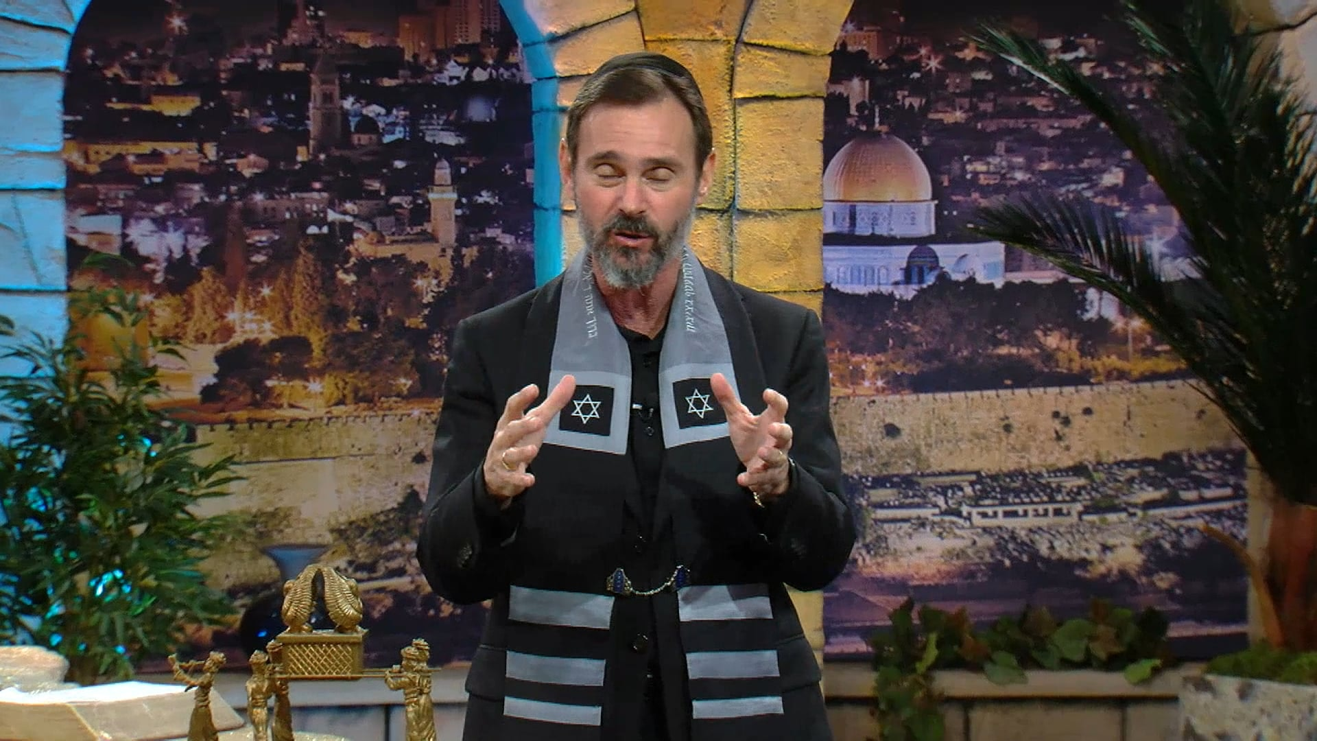 Watch How Judaism and Christianity Separated: The Revolt