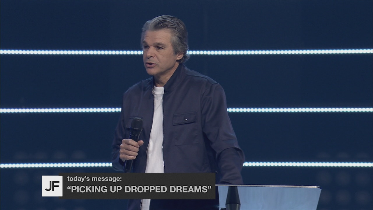 Watch Picking Up Dropped Dreams