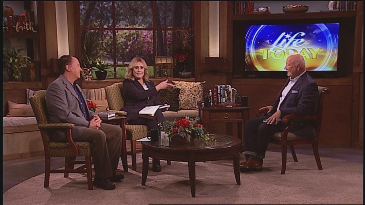 Watch David Holland | Praying Grace