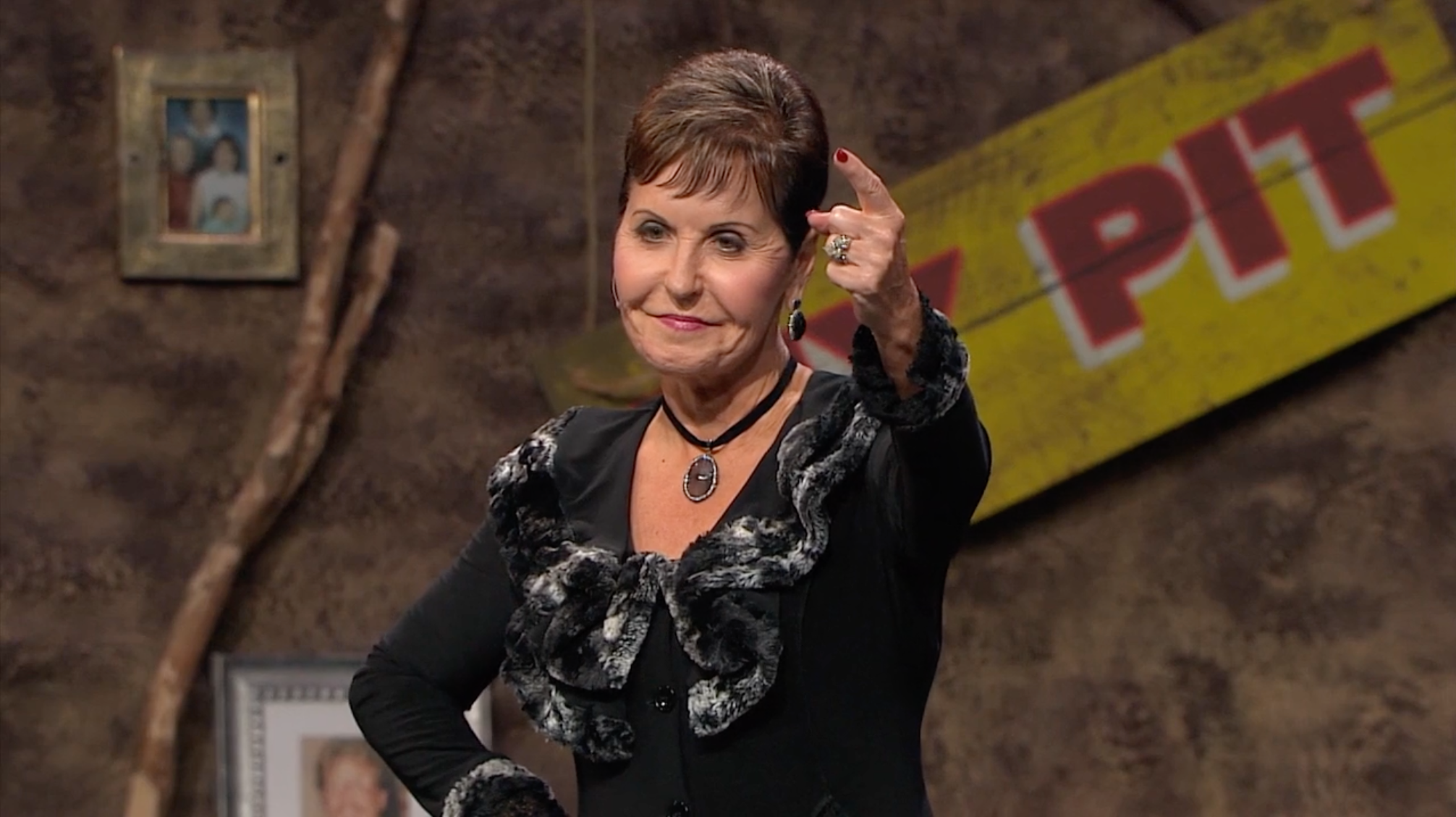 Watch Joyce Meyer: Healing the Soul of a Woman