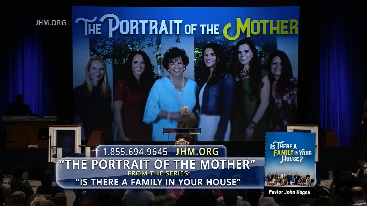 Watch Is There a Family in Your House: The Portrait of a Mother
