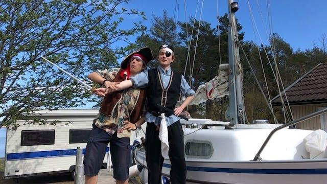 Piratsommar avsnitt 1   Fiska flaskpost