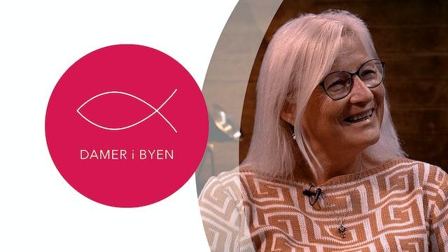 Damer i Byen | Käthe Annbjørg Kristoffersen