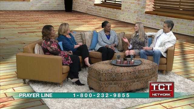 """""""Visibly Fit"""" Guests: Wendie Pett and..."""
