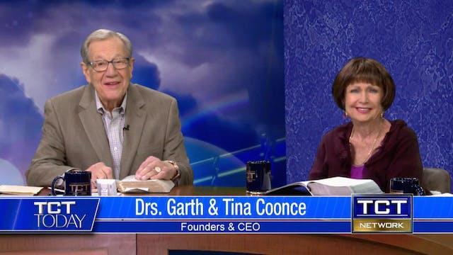 Drs. Garth and Tina Coonce, Julie Nol...