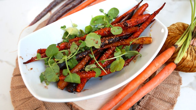 CHIPOTLE ROASTED CARROTS
