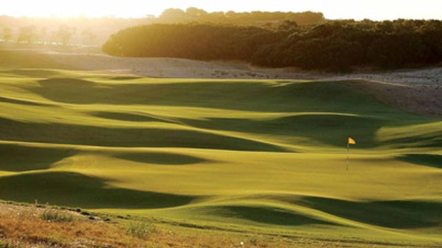 Golf Getaway at Moonah Links - The Le...