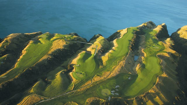 Golf Getaway at Cape Kidnappers - Bac...