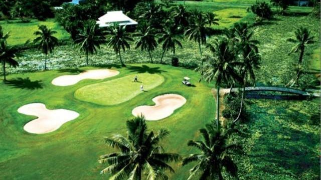 Golf Getaway at the Pearl Championshi...