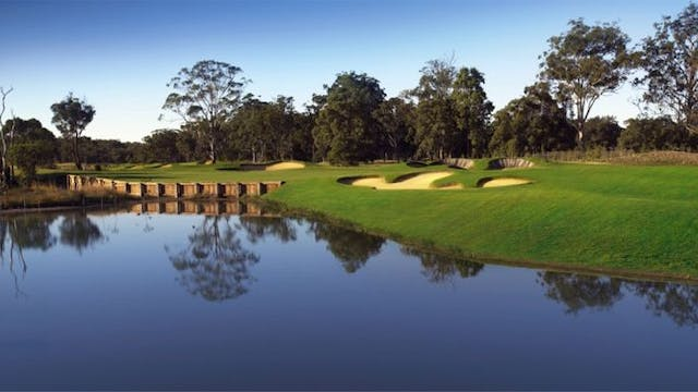 Golf Getaway at Kooindah Waters Golf ...