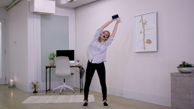 Morning Movement with Hannah | 14 minutes