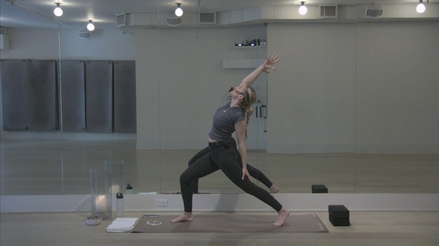 Morning Stretch and Meditation with Hannah | 25 minutes