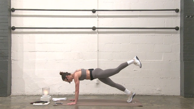 Cardio and Core with Brooke | 21 minutes