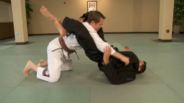 Black Belt: Triangle Choke