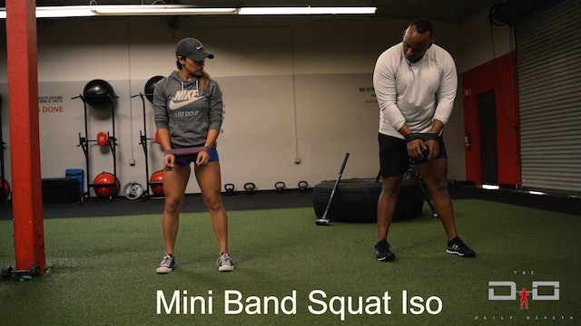 Individual Workout 30 - Mini Band Squat ISO