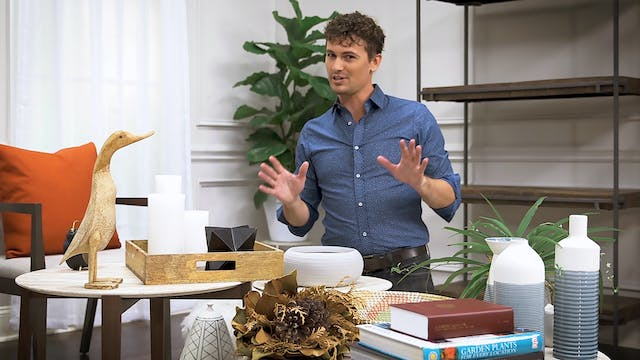 Home Hacks: How to Style A Bookshelf
