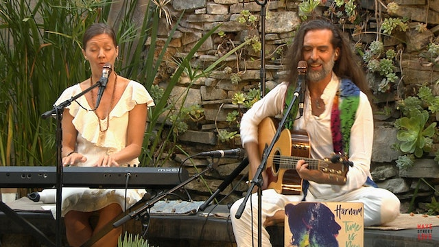 Sacred Chant Concert with Harnam & Devi broadcast live on Wave Street Live