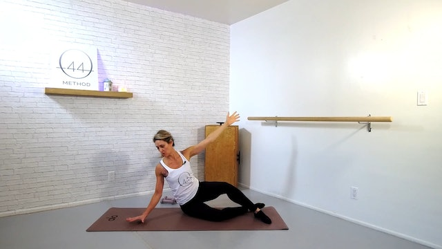 O44 Barre December #4 ~ Box, Tube + Hand Weights