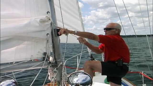 Cruising Tip: Reefing the Mainsail - Underway