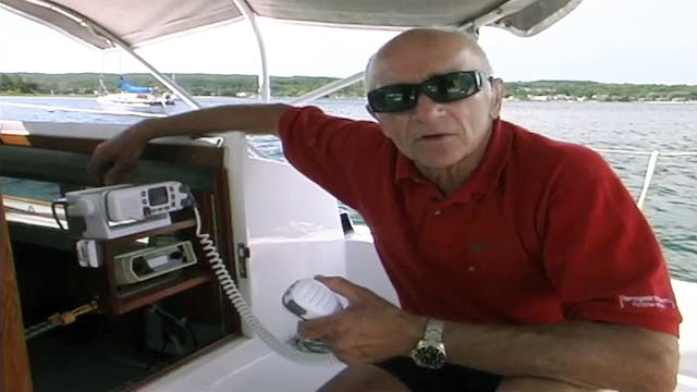 Cruising Tip: Using a VHF Radio - Und...