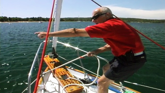 Cruising Tip: Taking Up Anchor - Underway