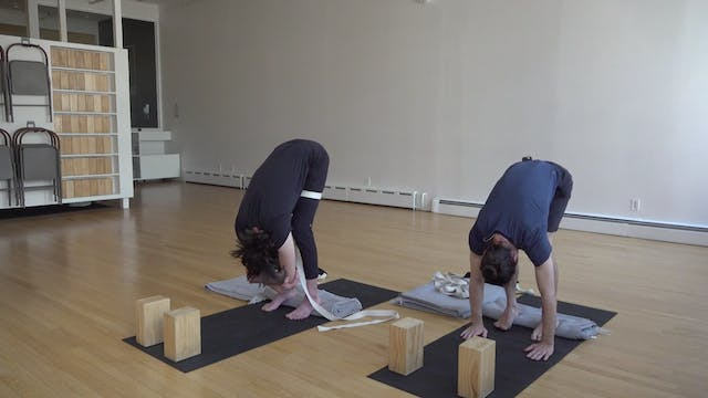 Katonah Yoga with Kyle Henry 02.12.21
